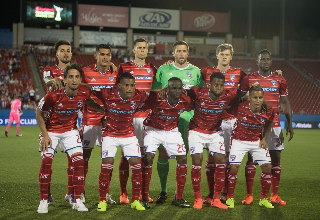 Dallas goleó al Árabe Unido en cuartos de final en la Liga de Campeones...
