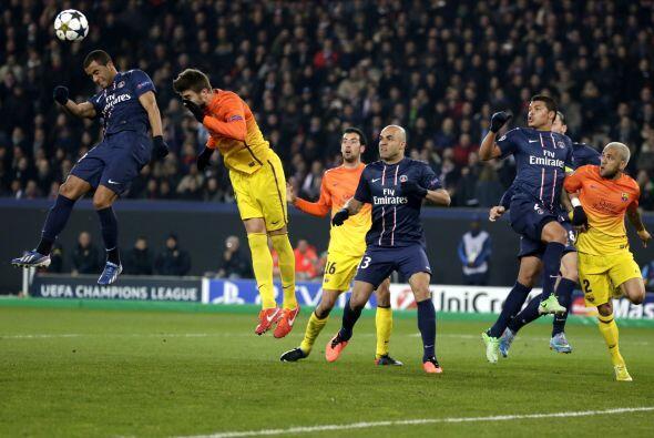 La segunda parte comenzó con el PSG presionando mucho en busca del empate.