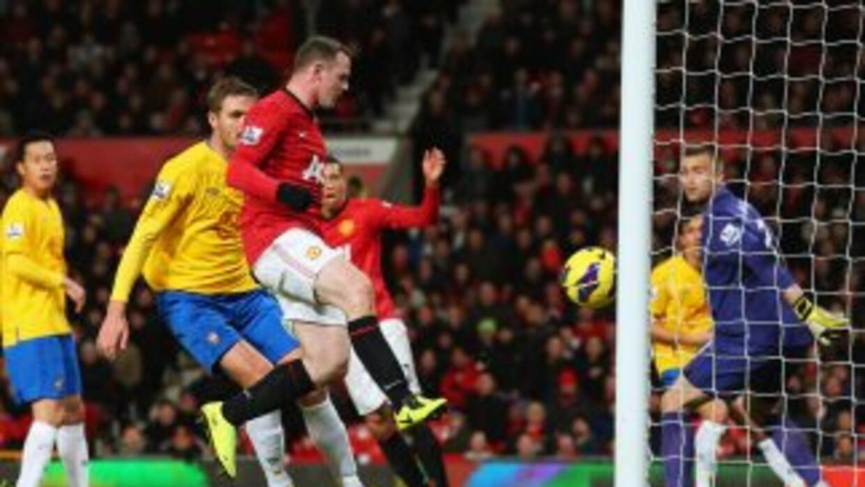 Manchester United se despega en la cima de la Premier League.