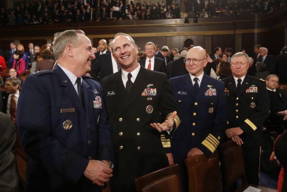 Los principales jefes del Estado Mayor, Fuerza Aérea, Operaciones Navale...