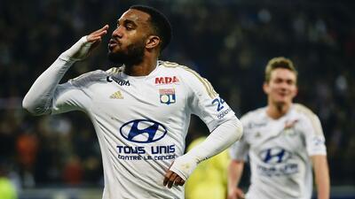 El Olympique de Lyon doblega al Nantes y ya es tercero en la Ligue 1