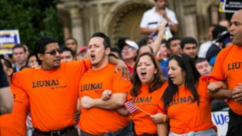 Un grupo de manifestantes participa en una reciente jornada pacífica por...