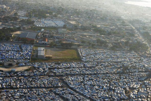 El 12 de enero de 2010, Haití fue azotado por la tierra dejando la cifra...