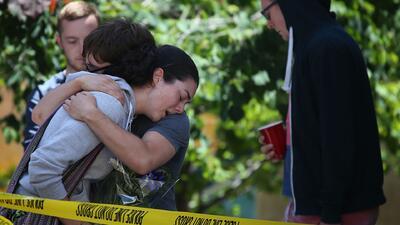 Seis estudiantes muertos deja colapso de un balcón en California