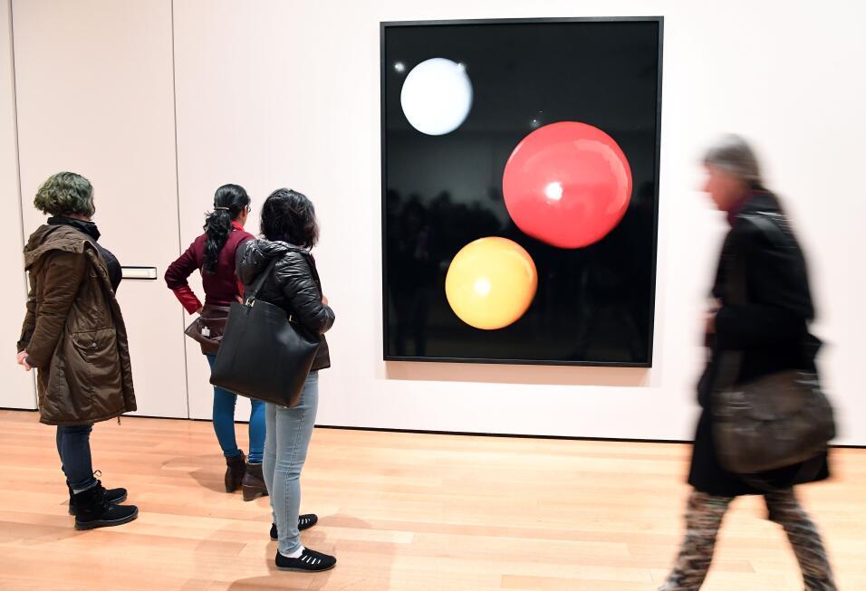 Según el MoMa, siete trabajos del pintor sudanés Ibrahim el-Salahi, del...