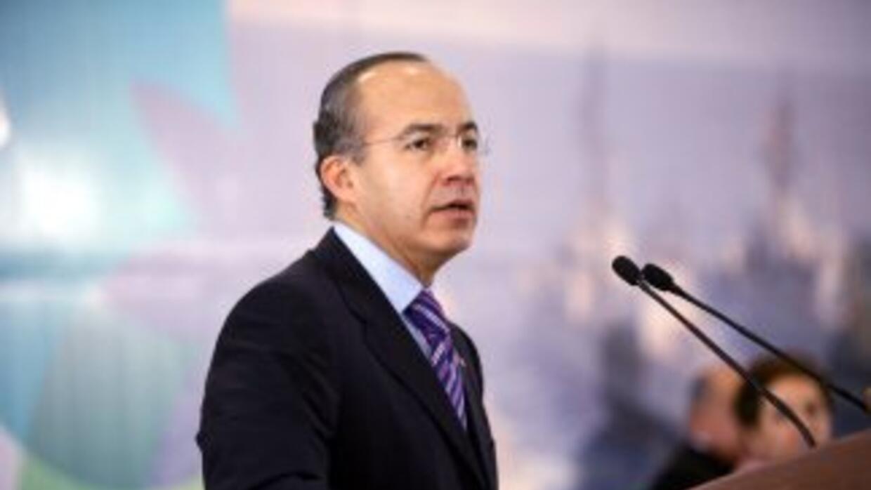 En ocasiones anteriores Calderón ya había sugerido la segunda vuelta per...