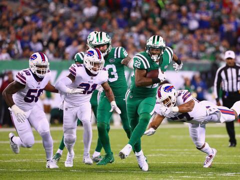 Matt Forte corrió para dos touchdowns cuatro días despu&ea...