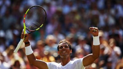 Nadal ganó en Wimbledon y se asegura el número uno mundial en una jornada con sorpresas