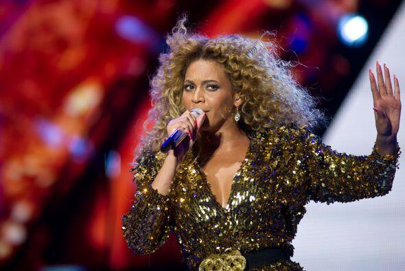 """Beyoncé escribió un mensaje para Barack Obama que dice así: """"Cada día ve..."""