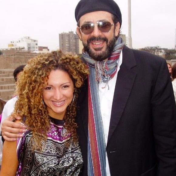 La cantautora también compartió escenario con Juan Luis Gu...