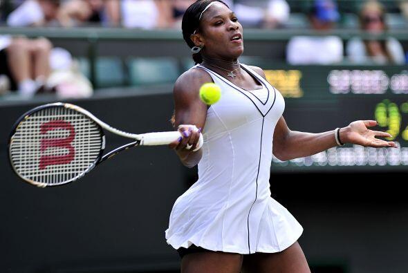 Serena Williams continúa con la esperanza de regresar a lo que fue y ven...
