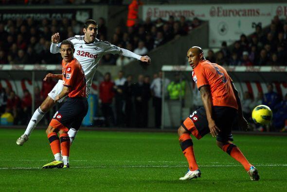 El otro partido del día se disputó entre Swansea City y Queens Park Rang...