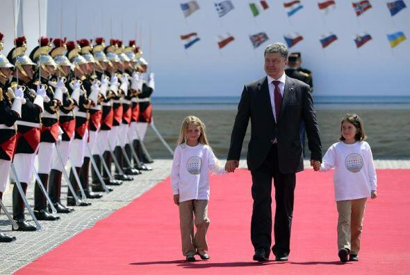 El presidente electo ucraniano Petró Poroshenko, participó en los actos...