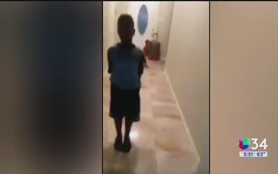 Madre envía a su pequeño hijo a la calle por votar por Trump en la escuela