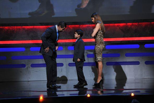 César Conde quedó sorprendido con el carisma de este chico.