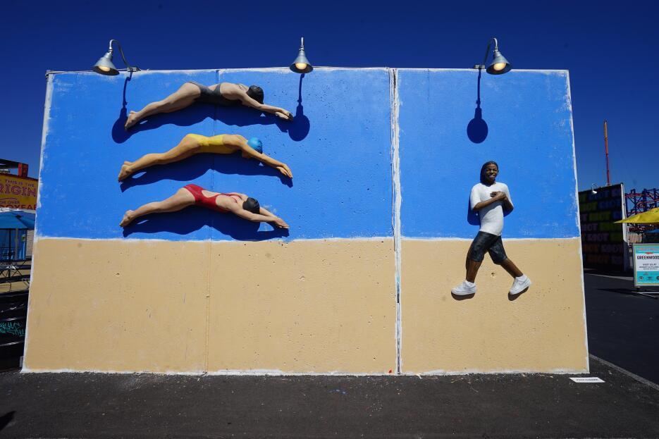 Hay murales tradicionales y en temporada de Olimpiadas, también hay trid...
