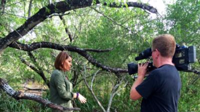 Los 29 años de María Elena Salinas en Univision en imágenes
