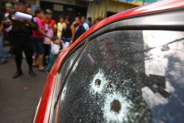Colombia, un país convulsionado por un largo conflicto guerrillero, la v...