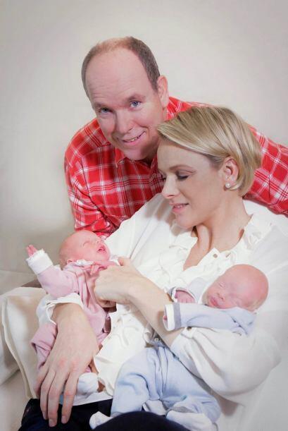 Los príncipes han nombrado a sus hijos Jacques y Gabriella. Jacques se h...