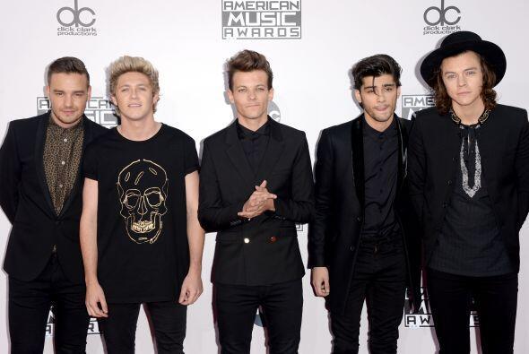 Los One Direction no se vestirán iguales, pero cuando toca ir a unos pre...
