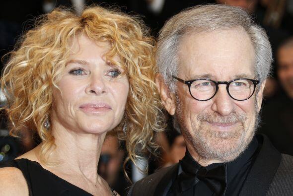 Y hasta la fecha, Steven Spielberg y Kate Capshaw siguen juntos - y Amy...