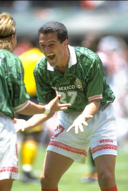 Carlos Hermosillo defendió por 7 años la playera del Am&ea...