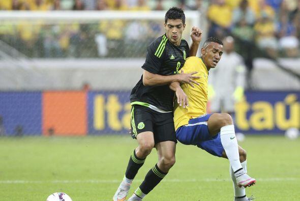 A los 24 años, el delantero centro del Atlético de Madrid Raúl Jiménez e...