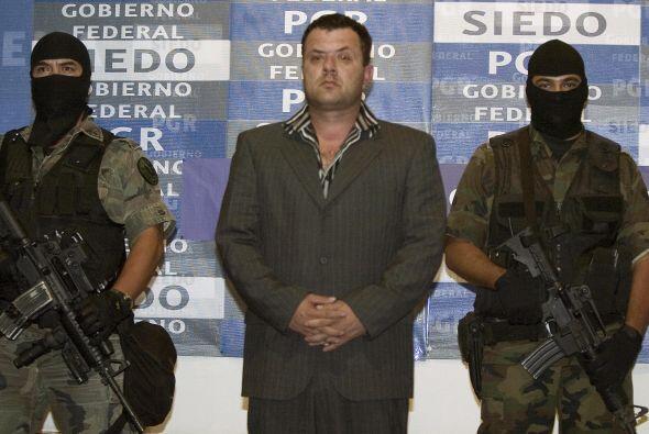 En 2005, los hermanos Beltrán Leyva, que antes estaban alineados...