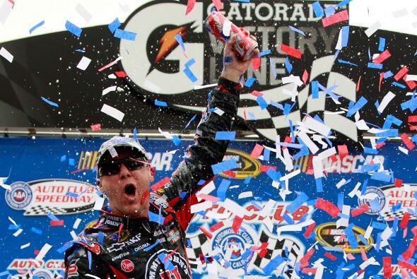 La próxima prueba de la Serie Sprint de la NASCAR será la que se dispute...