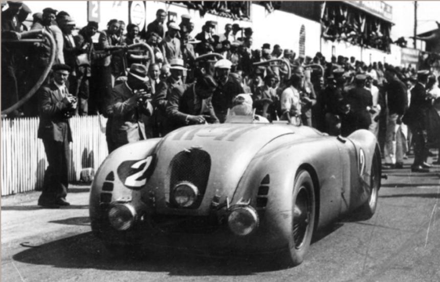 Los cinco carros embrujados que cambiaron el curso de la historia bugatt...