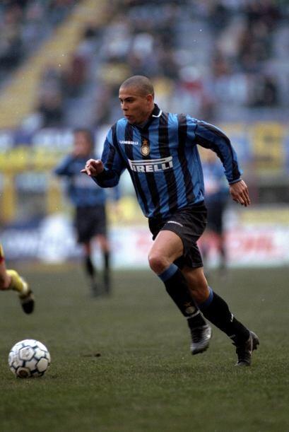 En Italia defendió al Inter de Milán de 1997 al 2002 pero...