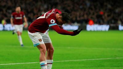 En fotos: Chicharito volvió a celebrar con el West Ham, que mantiene su racha de triunfos