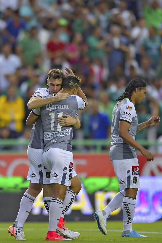 León vuelve a ganar y se acerca a la Liguilla Portada.jpg