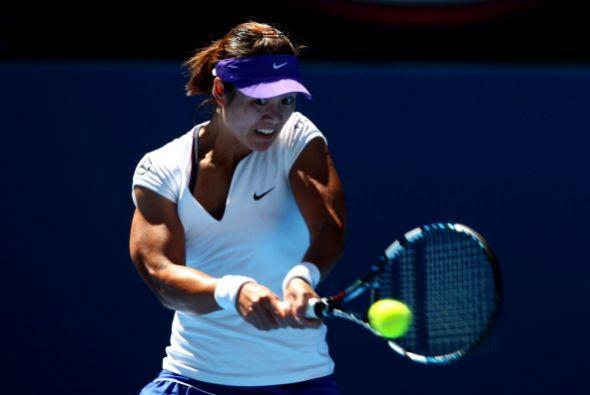 Na Li, quinta de la WTA, eliminó a Ksenia Pervak por 6-3 y 6-1.