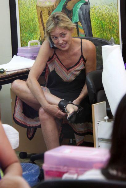 Una de dos, Sharon Stone hizo esa cara por el olor de sus pies o porque...
