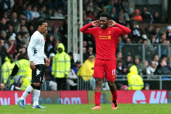 El ex Chelsea y ahora con los 'Reds' marcó un triplete en la victoria de...
