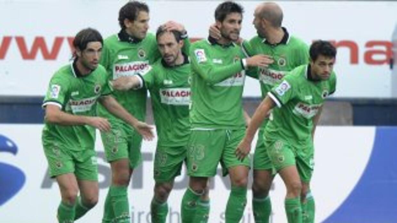 El cuadro de Santander dio la sorpresa ante el Almería.