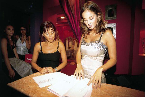 Después Gaby fue a buscar su vestido de novia a las boutiques m&a...