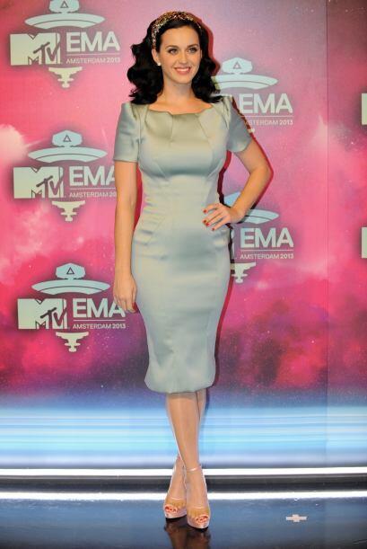 Aunque tampoco sigas el ejemplo de Katy Perry que eligió el vestido más...