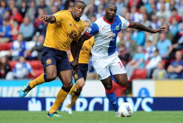 Everton superó al Blackburn Rovers 1 a 0.