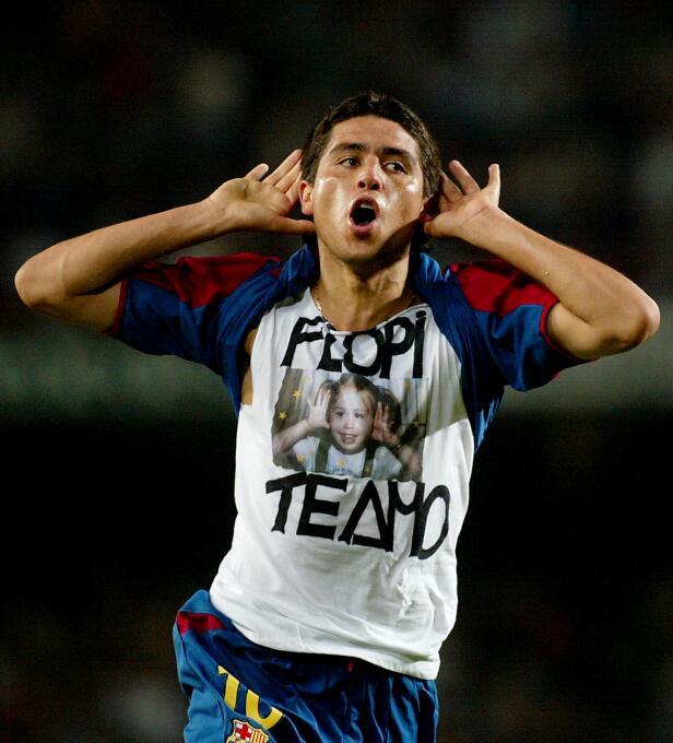 Juan Román Riquelme también se estrenó de gran forma con el Barça. Marcó...
