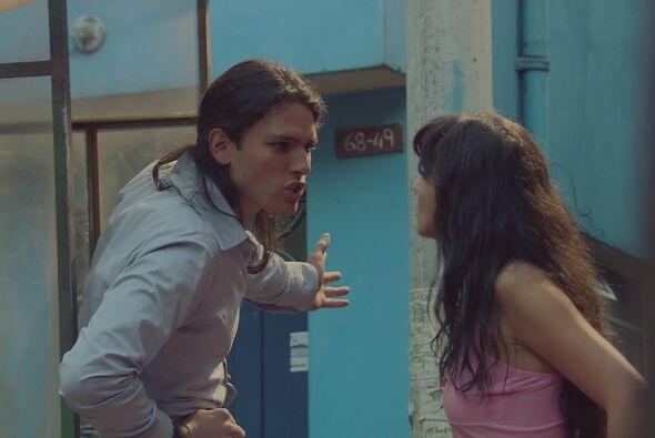 Griselda discute por primera vez con Cejas, pues considera que pidió muc...