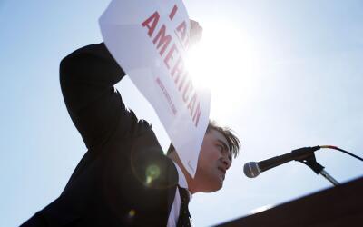 El activista Jose Antonio Vargas en una protesta de dreamers en 2016 en...