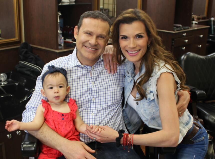 Alan Tacher, su hija Michelle, y su esposa Cristina Bernal