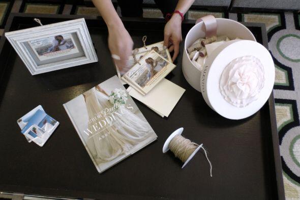 Acompañamos a Stephanie Himonidis al taller de Eduardo Lucero, el diseña...