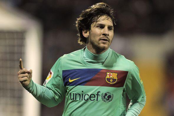 Messi buscó el gol todo el partido y se le dio. Primero con un bu...