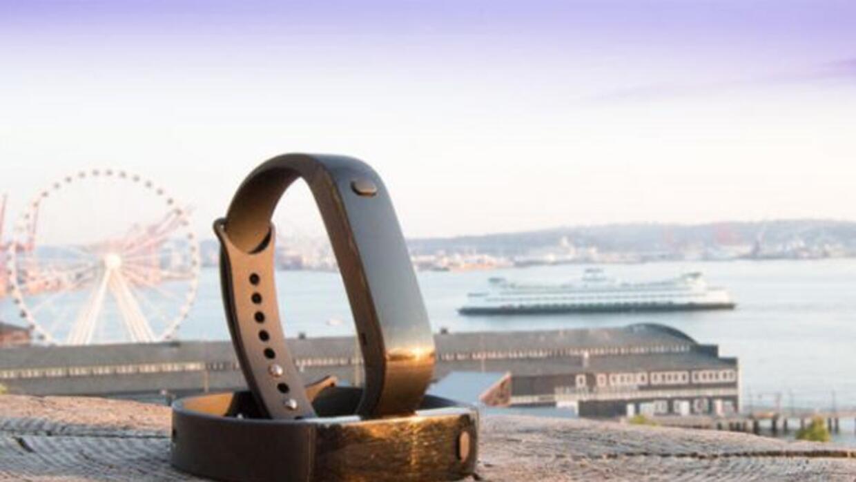 Esta nueva pulsera inteligente será gratis con la suscripción anual de $...