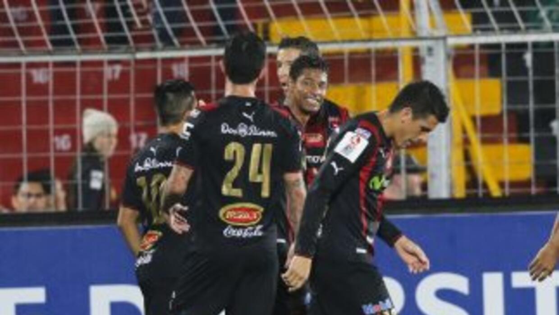 Liga Deportiva Alajuelense se mantuvo como el único invicto del fútbol d...