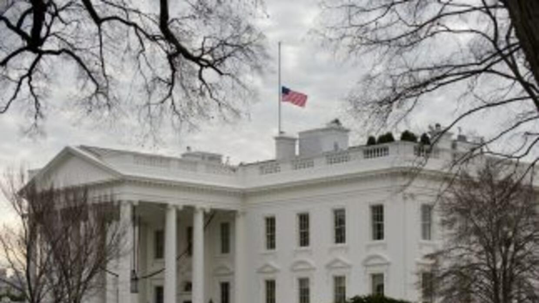 El presidente Obama y su esposa Michelle no están en la Casa Blanca, se...