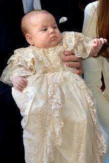El príncipe George en su bautizo.